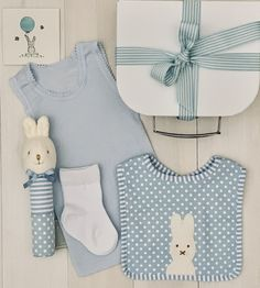 Little Cotton Tail Bunny - Blue, Pink or Grey Affordable and cute all at the same time. Perfect for baby shower or hospital visit. Baby Hamper, Baby Baskets, Cute Little Baby, Little Babies, Cotton Socks, Baby Boy Newborn, Baby Blue, Baby Gifts