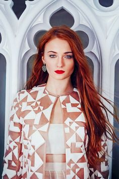 Find images and videos about actress, game of thrones and sophie turner on We Heart It - the app to get lost in what you love. Maisie Williams Sophie Turner, Sophia Turner, Blonde Redhead, Artists And Models, Cheryl Blossom, Diane, Sansa Stark, Beautiful Redhead, Fashion Images