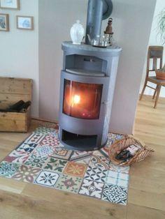 Articima Zementfliesen Patchwork, articima cement tiles patchwork So cozy. Tiles, Flooring, House Design, Deco, House Styles, House Interior, Home, Home Deco, Wood Stove