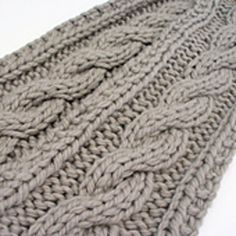 Ravelry: artifax's Insanely Easy Cable Scarf