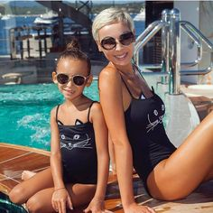 Family Matching Swimwear Mother Daughter Women Kids Baby Girls Swimsuit  Bikini  Unbranded  OnePiece Bikinik 7acd982f21