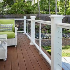 Image Gallery - AZEK Premier AZEK Premier Composite Railing in White. Features Island Post Caps and Cable…AZEK Premier Composite Railing in White. Features Island Post Caps and Cable… Metal Deck Railing, Deck Railing Design, Patio Railing, Deck Design, Cable Railing, Deck Railing Ideas Cheap, Deck Stairs, Railings For Decks, Front Porch Railings