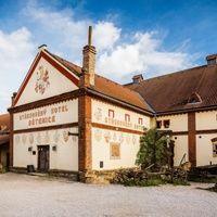 Unique medieval hotel in Detenice !