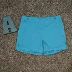 Ann Taylor Torquoies Shorts Size 8 Ann Taylor Torquoies shorts size 8. Pre owned and in great condition. Ann Taylor Shorts