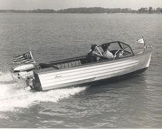 Lyman is one of the truly great names in American boatbuilding. Founded by cabinetmaker Bernard Lyman in Lyman Boats quickly established a regional reputation for quality lapstrake rowboats and sailboats. Fast Boats, Speed Boats, Power Boats, Lyman Boats, Classic Wooden Boats, Wooden Boat Building, Boat Engine, Vintage Boats, Old Boats