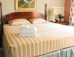 Bed sheets - The sheets work to keep warm during sleep and protect your mattress from the dirt and hair of animals. Sheets also help keep the mattress Satin Sheets, Cotton Sheets, Cotton Bedding, Flat Sheets, Bed Sheets, Hanging Egg Chair, Futon Mattress, Sit On Top, Linen Rentals