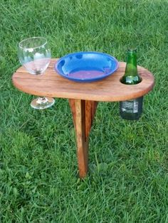 Wine and beer caddy outdoor spike