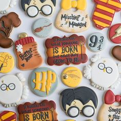 Someone asked me, on a scale of how obsessed are you with Harry Potter? I said, about nine and three quarters. 🥁 I'm here all week… Harry Potter Torte, Harry Potter Desserts, Harry Potter Banner, Harry Potter Cupcakes, Harry Potter Nursery, Harry Potter Baby Shower, Harry Potter Decor, Harry Potter Birthday, Harry Potter Fandom