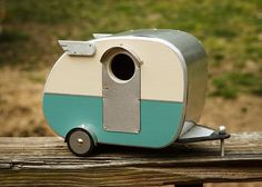 cute little vintage camper birdhouse
