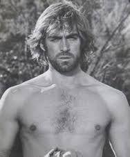 Image associée Art Of Man, Hollywood Celebrities, Haircuts For Men, Cute Boys, Movie Stars, Che Guevara, My Photos, Hair Cuts, Cinema