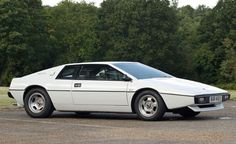 Lotus Espirit Series 1 - I want to be James Bond (you may laugh, but this is a great car)