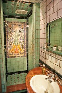 Spanish shower on pinterest outdoor showers spanish for Bathroom tiles spain