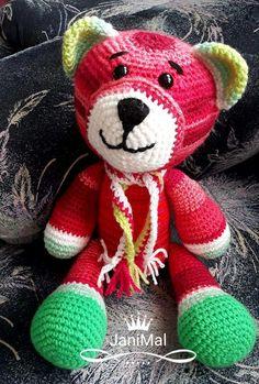 Méďa MELOUNEK 1.7.2018 uháčkovaný ze směsové příze, dorostl jsem do výšky 36 cm a vážím 273g, vyplněný dutým vláknem s bezpečnostními očičky ... Teddy Bear, Animals, Hobbies, Animales, Animaux, Teddy Bears, Animal, Animais