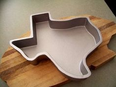 Texas Shaped Cake Pan...cant live in texas and not have a texas cake pan