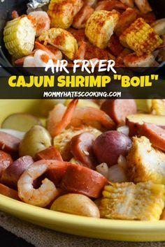 Cajun Shrimp Boil in the Air Fryer – A great take on air fryer shrimp! Cajun Shrimp Boil in the Air Fryer – A great take on air fryer shrimp! Air Fryer Recipes Meat, Air Fryer Dinner Recipes, Easy Chicken Dinner Recipes, Shrimp Recipes Easy, Lunch Recipes, Seafood Recipes, Easy Meals, Free Recipes, Ninja Recipes