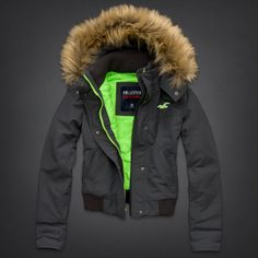 Bettys Hollister All-Weather Jacket | Bettys New Arrivals | HollisterCo.com