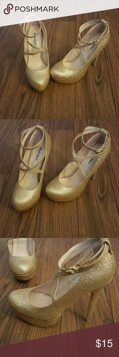 Gold Heels - Mario Corti sparkly gold heels!! Fun heels for a pop of sparkle and the end those long legs!  Dance the night away girl! Mario Corti Shoes Heels