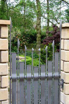 G78: Handmade Blacksmith's Gate