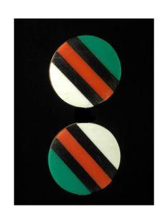 Disques d'oreilles Iziqhaza - Zoulou - Afrique du Sud / Bostwana Zulu, Culture Art, Lobe, Stretched Ears, Ear Plugs, African Art, Eyeshadow, Jewels, Lino Prints
