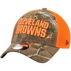 5d4b361ad05 Men s Cleveland Browns New Era White 2018 Training Camp 39THIRTY Flex Hat