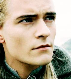 Legolas Legolas And Thranduil, Aragorn, Tauriel, Gandalf, Jrr Tolkien, Tolkien Books, The Hobbit Characters, The Hobbit Movies, Orlando Bloom Legolas