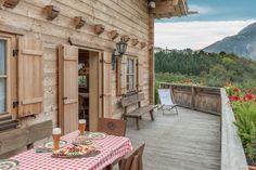 Chalet near Hochötz – Cottage holidays in Ötztal – Alpen Chalets & Reso … - Rustic Farmhouse Furniture, Farmhouse Chairs, Modern Farmhouse, Ski Chalet, Chalet Style, Earth Homes, Backyard, Patio, Log Homes