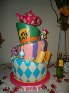 Alice in Wonderland Cake #aliceinwonderland #cake