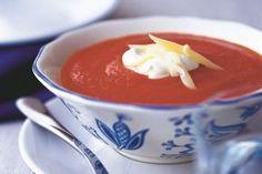 Lahůdková rajská polévka | Apetitonline.cz Pudding, Soups, Custard Pudding, Puddings, Soup, Avocado Pudding