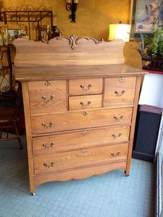 Vintage oak gentleman's dresser