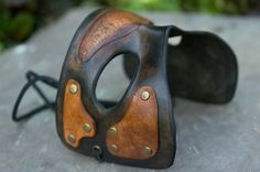 Great men's mask.  Wonder if I could DIY something like that...