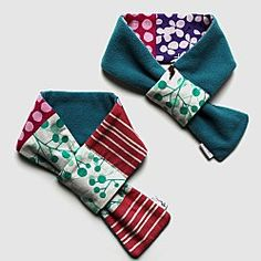 Similar idea to the really warm and snug neck warmers I created, but I love the threading loop on these - minnie Sewing Scarves, Sewing Clothes, Diy Couture, Couture Sewing, Fabric Crafts, Sewing Crafts, Sewing Projects, Sewing Hacks, Sewing Tutorials