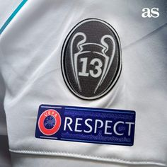 Pure Football, First Football, Football Memes, European Football, Real Madrid Logo Wallpapers, Funny Football Pictures, Ramos Real Madrid, Liverpool You'll Never Walk Alone, Real Madrid Football Club