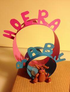 DIY Baby present giftwrap