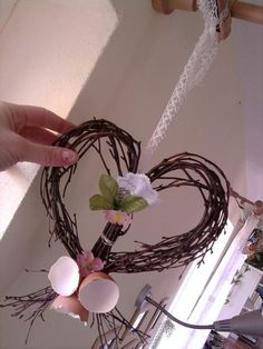 mimibazar Grapevine Wreath, Plant Hanger, Grape Vines, Crafts For Kids, Projects To Try, Valentines, Wreaths, Spring, Advent