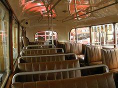 starý autobus zvnútra