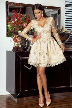 Złota sukienka na wesele, elegancka koronkowa rozkloszowana sukienka - Amelia