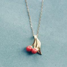 Cherry Berry 🍒 #koral #coral #gold #guld #silver #sølv #diamond #diamant #smykker #jewelry #jewellery #guldsmed #jeweller #goldsmith #handcrafted #handmade #danishdesign #guldsmedlouisedegn