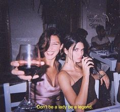 Kendall Jenner and Bella Hadid for best friends vsco Bff Pictures, Best Friend Pictures, Night Pictures, Party Pictures, Cute Friend Photos, Cute Birthday Pictures, Bella Hadid Pictures, Film Pictures, Friend Pics