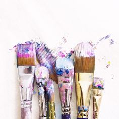 Art Hoe Aesthetic, Disney Aesthetic, Lavender Aesthetic, Purple Aesthetic, Painting Workshop, Beautiful Mess, Paint Brushes, Art Studios, Great Artists