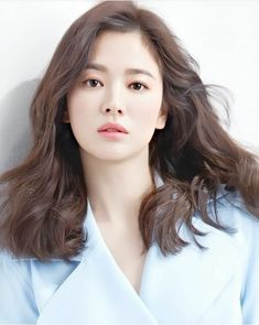 Korean Actresses, Korean Actors, Song Hye Kyo Style, Songsong Couple, Birthday Quotes For Best Friend, Song Joong Ki, Morning Flowers, Akshay Kumar, Blackpink Fashion