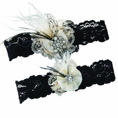 Black Lace and Pearl #Bridal Garter Set