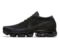 Nike Air VaporMax Flyknit 'Triple Black' - EU Kicks: Sneaker Magazine