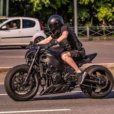 Z 1000, Stunt Bike, Biker Boys, Suzuki Hayabusa, Yamaha R1, Ducati Monster, Bike Style, Motorcycle Bike, Super Bikes