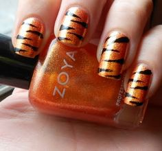Tiger Manicure by Sugar Cube Nails by deidre Tiger Stripe Nails, Tiger Nails, Tiger Stripes, Love Nails, How To Do Nails, Pretty Nails, Zebra Nail Art, Nails 2016, Glamour Nails