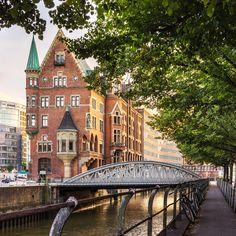 Wer noch immer denkt, Deutschland hätte Touristen nichts zu bieten, der wird gleich Augen machen: Hier kommen 6 praktische Tipps für einen unvergesslichen Besuch in Hamburg...