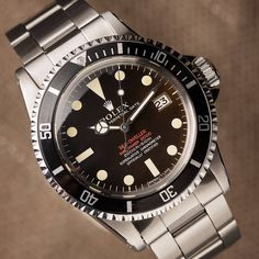 """Gefällt 2,106 Mal, 25 Kommentare - Rolex - Bob's Watches (@bobswatches) auf Instagram: """"The very first Sea-Dweller from 1967 was the ref. 1665. Compared to the Submariner, it had, among…"""""""