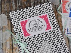 Bastel ein ganz persönliches Gutscheinbuch für deine Freundin. Die Gutscheine kannst du dir hier kostenlos herunterladen!