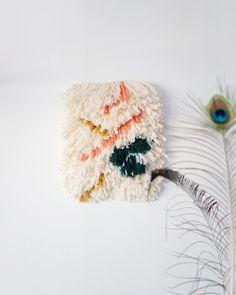 Latch hooking, point noué, tissage berbère by Julie Robert