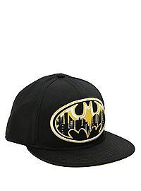 Black snapback ball cap with a yellow and white embroidered Batman cityscape logo. Black Snapback, Snapback Hats, Batman Baby Clothes, Batman Clothing, Batman And Superman, Batman Stuff, Batman Outfits, Batman Shoes, Robin The Boy Wonder