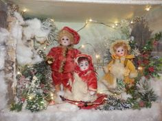 UNUSUAL ANTIQUE SHADOW BOX!!! IT'S TIME FOR HAPPINESS AND ENJOYING THE SNOW!